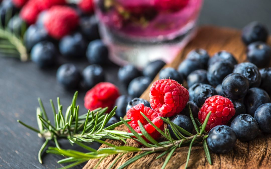 Why Do You Need Antioxidants In Your Regimen